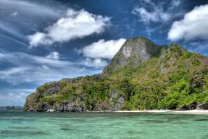 cadlao-island-landscape